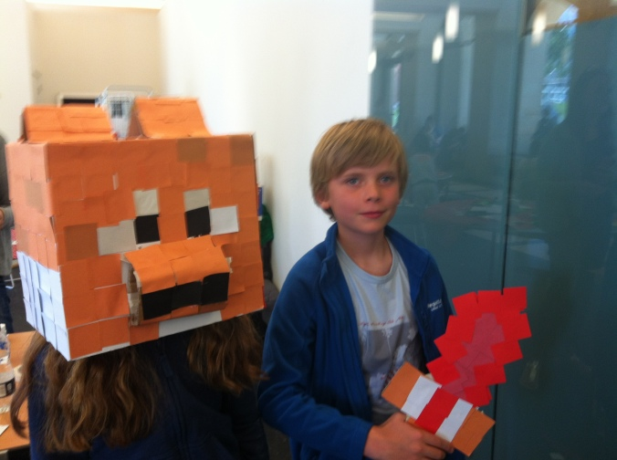 Mincraft Fox and sword - super fabulous